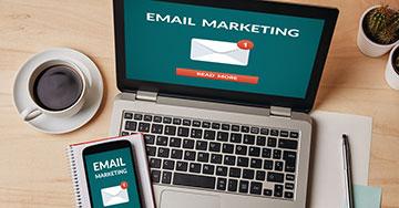 Bónusz 1 - E-mail lista karbantartás